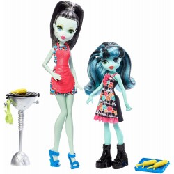 Monster High 2-Pack Family Frankie Stein And Alivia Stein Dolls