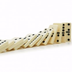 Traditional Games Dominoes In Tin 28 Pieces Premium Quality Black & White