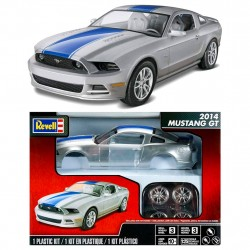 Revell Mustang GT 2014 Plastic Kit Scale 1:25 Level 3